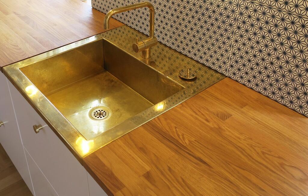 Smuk Messingvask D2 Til Din Kokkenbordplade